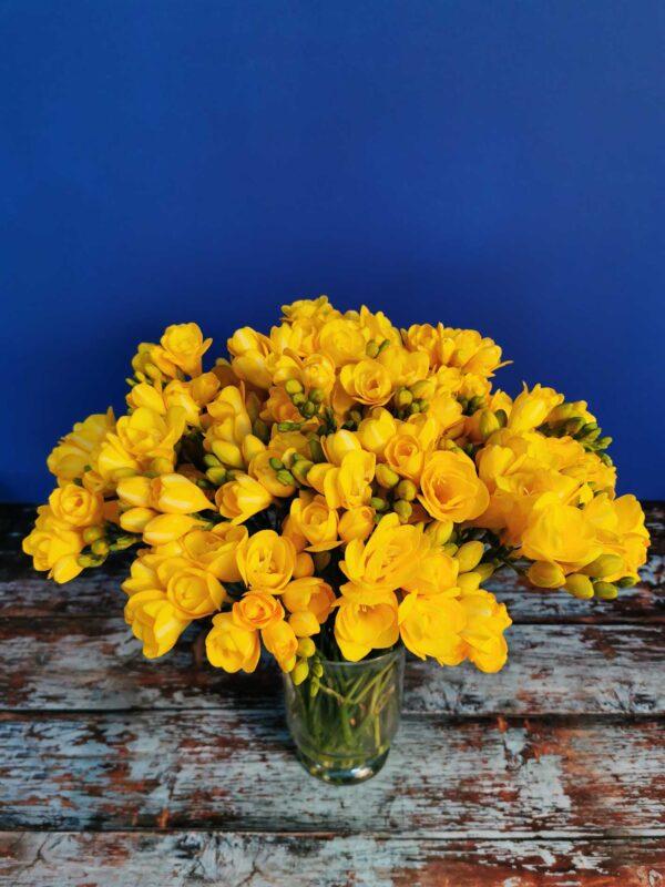 Livrare-flori-targoviste-aranjamente-flori-buchete-flori (1)