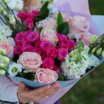 Buchet cu Trandafiri, Miniroze si Lisianthus